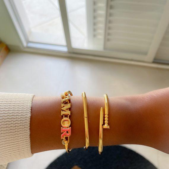 Bracelete AMOR com Ponto de Luz Banhado em Ouro